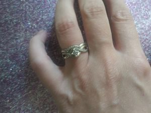 Size 4.5 wedding ring set for Sale in Ottumwa, IA