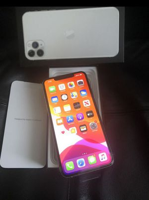iPhone 11 Pro Max 64GB white for Sale in Los Angeles, CA