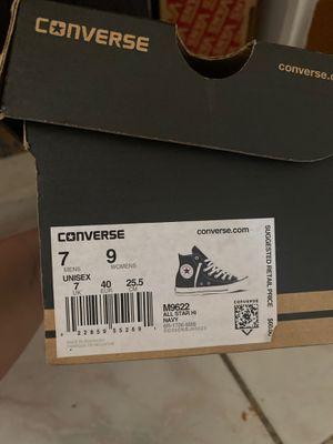 Converse mens size 7 womens 9 uni for Sale in Tempe, AZ