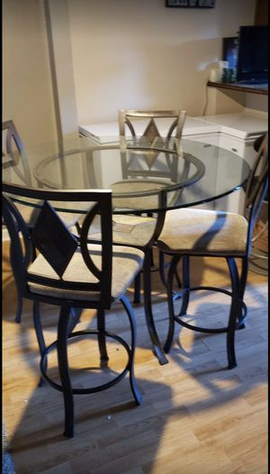 glass kitchen table for Sale in Columbus, OH