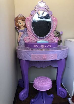 Princess vanity for Sale in Virginia Beach, VA