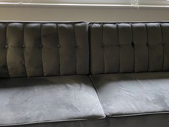 Grey Sofa for Sale in Tigard,  OR