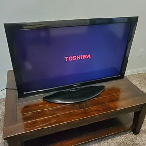 40 Inch Toshiba Flat Screen TV for Sale in Fort Worth, TX
