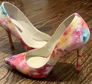BCBGeneration Tie Dye Heels Size 6 for Sale in River Grove, IL