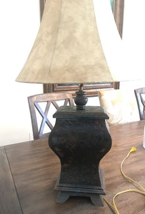 """Wood and metal table lamp 33"""" tall for Sale in Fort Lauderdale, FL"""