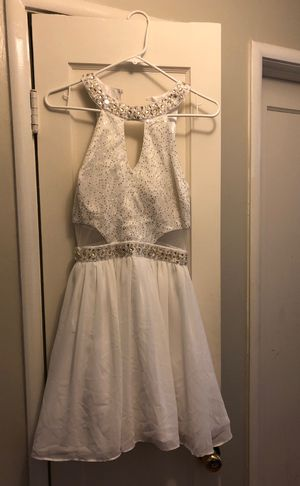 white with gold dress for Sale in Hayward, CA