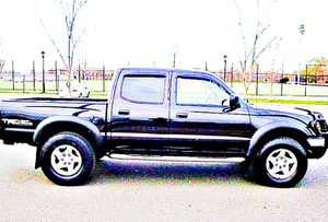 $1,4OO I'm selling urgentl 2OO4 Toyota Tacoma. for Sale in Delray Beach, FL