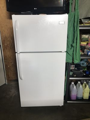 Refrigerator for Sale in Sanger, CA