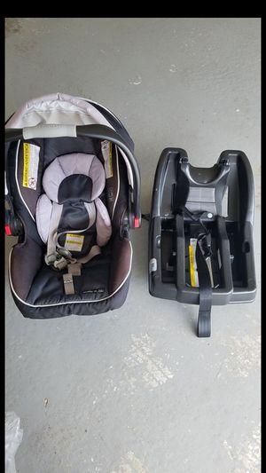 Baby car seat for Sale in Auburndale, FL