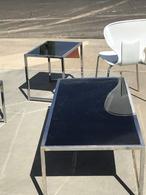 FREE coffee table/ glass table/ decorative table & MIRROR for Sale in Mesa, AZ