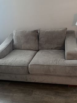 Grey Couch Great Condition for Sale in Humble,  TX