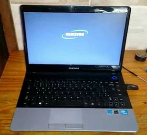 SAMSUNG LAPTOP NP3 WINDOWS 10 PRO OPERATING SYSTEM! 1 5.6 INCH SCREEN! for Sale in San Francisco, CA