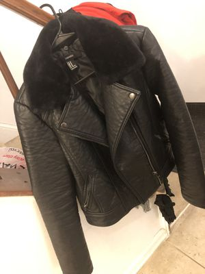 Women's Leather Coat with Faux Collar for Sale in Saint Charles, MD