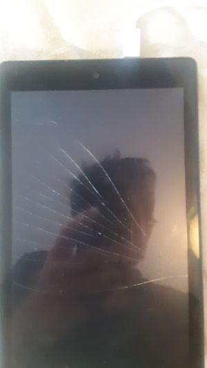 Amazon Fire tablet 7 [cracked screen] for Sale in Lincoln, RI