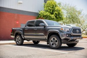 2019 Toyota Tacoma 2WD for Sale in Phoenix, AZ