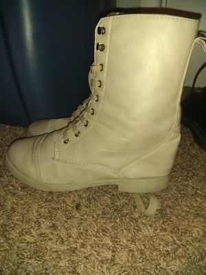 Tan boots / Women's 8 for Sale in Nashville, TN