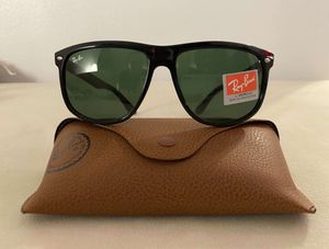 Brand New Authentic RayBan Justin Sunglasses for Sale in Reno, NV