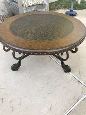 "Wrought Iron Wood Top Coffee Table 42"" for Sale in Henderson, NV"