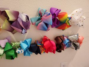 Lot of over 40 hair bows for Sale in Tigard, OR