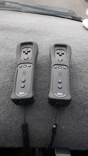 NINTENDO WII BLACK WII MOTION PLUS REMOTES for Sale in Glendale, AZ
