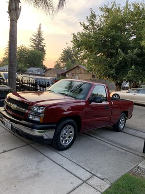 2004 Chevy Silverado Single Cab Short Bed V8 1 owner for Sale in Sacramento, CA
