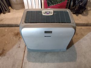 Idylis humidifier fan air purifier for Sale in Albuquerque, NM