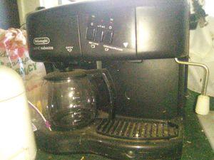 Delonghi coffee/espresso maker for Sale in Akron, OH