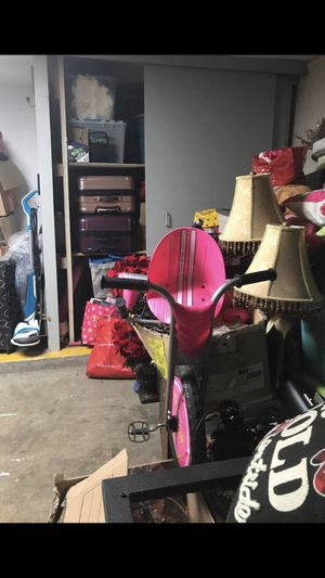 Pink trycle for Sale in Scottsdale, AZ
