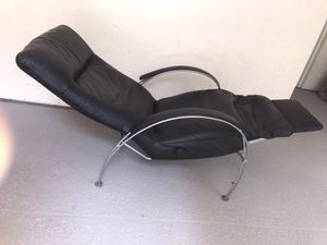 Leather recliner for Sale in Pinecrest, FL