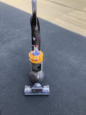 Dyson ball strongest suction of any vacuum for Sale in Montclair, CA