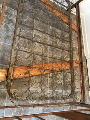 Antique Iron Twin Bed for Sale in Cleveland, MS