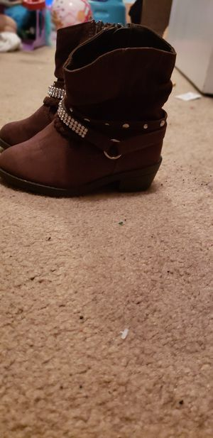 Boots for toddler size 7 for Sale in La Vergne, TN