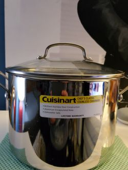 Cuisinart Chef's Classic 8QT Stockpot Glass Top. Retail Price $59 for Sale in Los Angeles,  CA