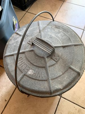 Vintage wheeling galvanized trash can for Sale in Bartow, FL