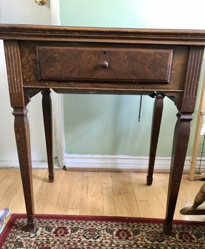 Singer Sewing Machine Table for Sale in Altadena, CA
