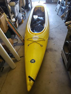 kayak sundance II 15.0 used in good con dition for Sale in Scottsdale, AZ