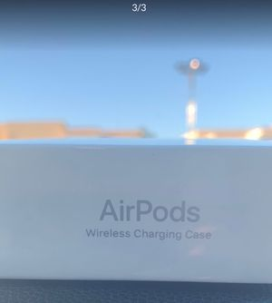 AirPods with Wireless Charging Case for Sale in Downey, CA