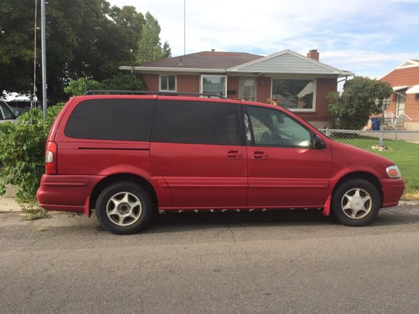 Oldsmobile minivan
