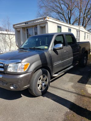 2006 toyota tundra sr5 for Sale in Alexandria, VA