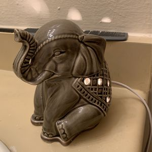 Elephant Wax Warmer for Sale in Phoenix, AZ