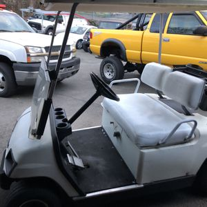 98 Yamaha Gas ⛽️ Golfcart for Sale in Branford, CT