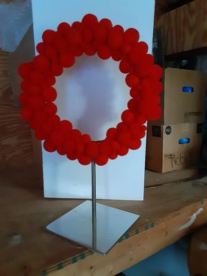 8 counter display wreaths for Sale in Seaford, DE