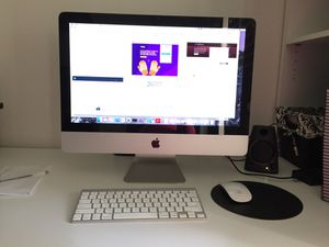 Mid 2010 Apple imac Desktop 21.5 inch in great condition for Sale in Santee, CA