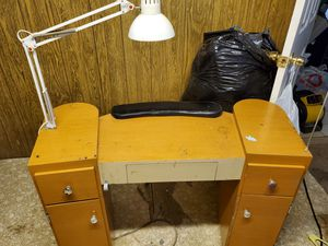 Beauty nail table. for Sale in Riverside, CA