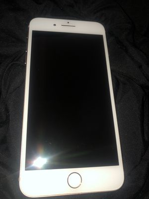 Boost mobile iPhone 8 Plus for Sale in Lakewood, OH