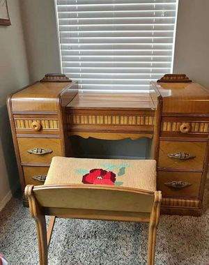 Antique 1940's Waterfall Vanity and Dresser for Sale in Smyrna, TN