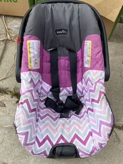 EvenFlo Car Seat for Sale in Fresno,  CA