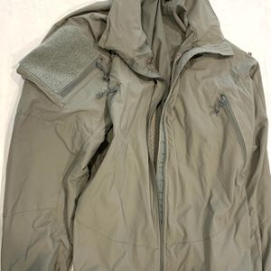 Patagonia PCU L5 Level 5 Military Gen II Soft Shell Jacket Large Regular for Sale in Southlake, TX