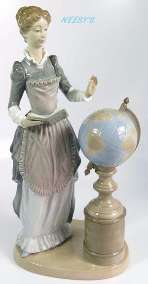 "Collectible LLADRO FIGURINE ""SCHOOL MARM"" #5203 for Sale in Draper, UT"