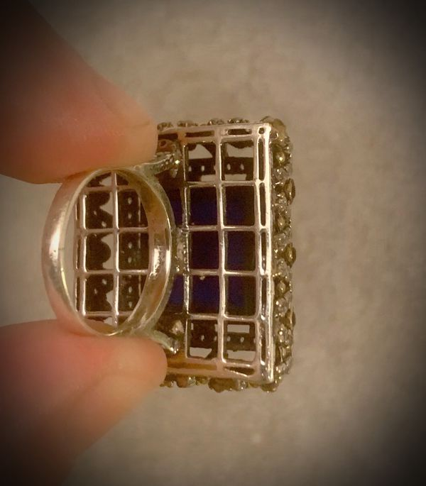 MIDNIGHT SAPPHIRE FINE ART RING Size 7.5 Solid 925 Sterling Silver/Gold WOW! Brilliantly Faceted Princess/Round Cut Gemstones, Diamond Topaz L1903 V